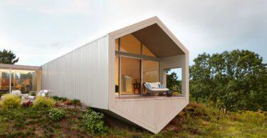 reddymade-ai-wei-wei-salt-point-home-new-york-architecture_dezeen_2364_col_hero