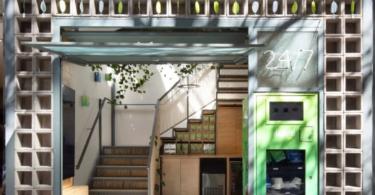 Natural materials fill Desinchá tea shop in São Paulo by SuperLimão
